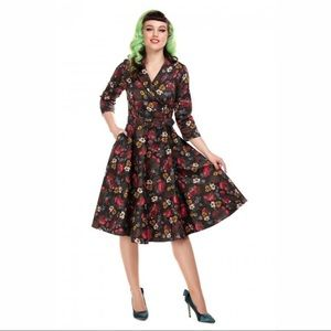COLLECTIF Penelope Midnight Floral Swing Dress